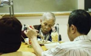 Việt kiều: Cô đơn - Nỗi ám ảnh lớn nhất của thế hệ U60 sống ở nước ngoài